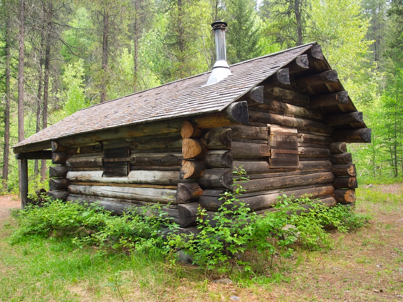 Glacier National Park, Lincoln Creek Snowshoe Cabin