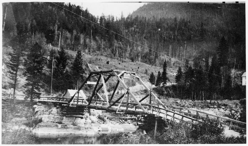 Glacier National Park, Original Belton Bridge